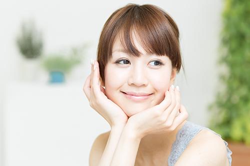 内側&外側から白く!美容外科の「美白対策セット」とは?