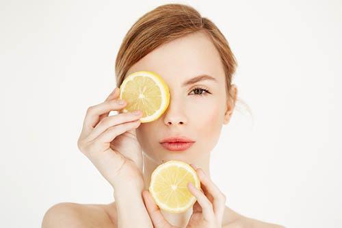ビタミンCで美肌づくり!効率よく摂る方法は?