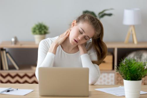 肩こりの症状や原因