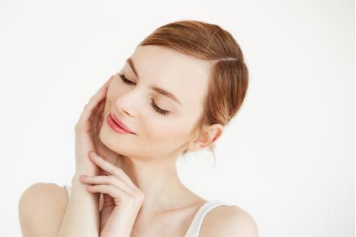 「ヴェルヴェットスキン」とは?注目の美肌治療を解説